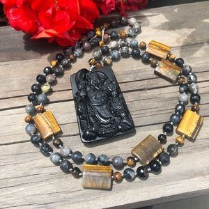 Warrior knotted mala necklace
